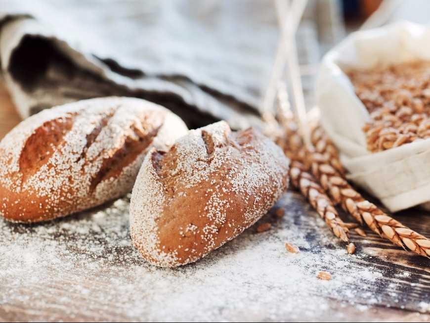 ขนมปังไส้ลูกตาล
