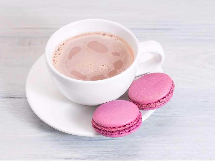 ช็อคโกแลตร้อนสีชมพู