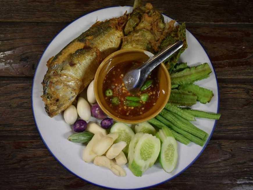 น้ำพริกกะปิปลาทูทอด