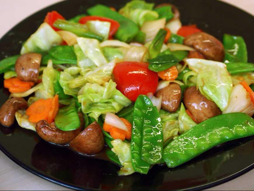 ผัดผักหลากสี