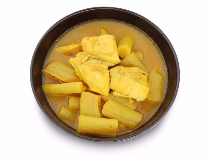 แกงเหลืองปลากระพงใส่คูณ