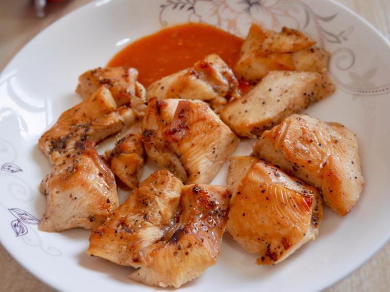 ไก่ย่างพริกไทยดำ